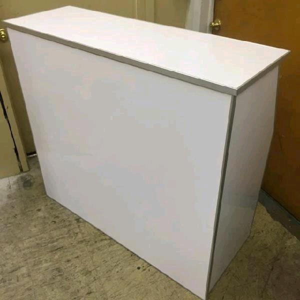 Rent *newer* Formica Bars